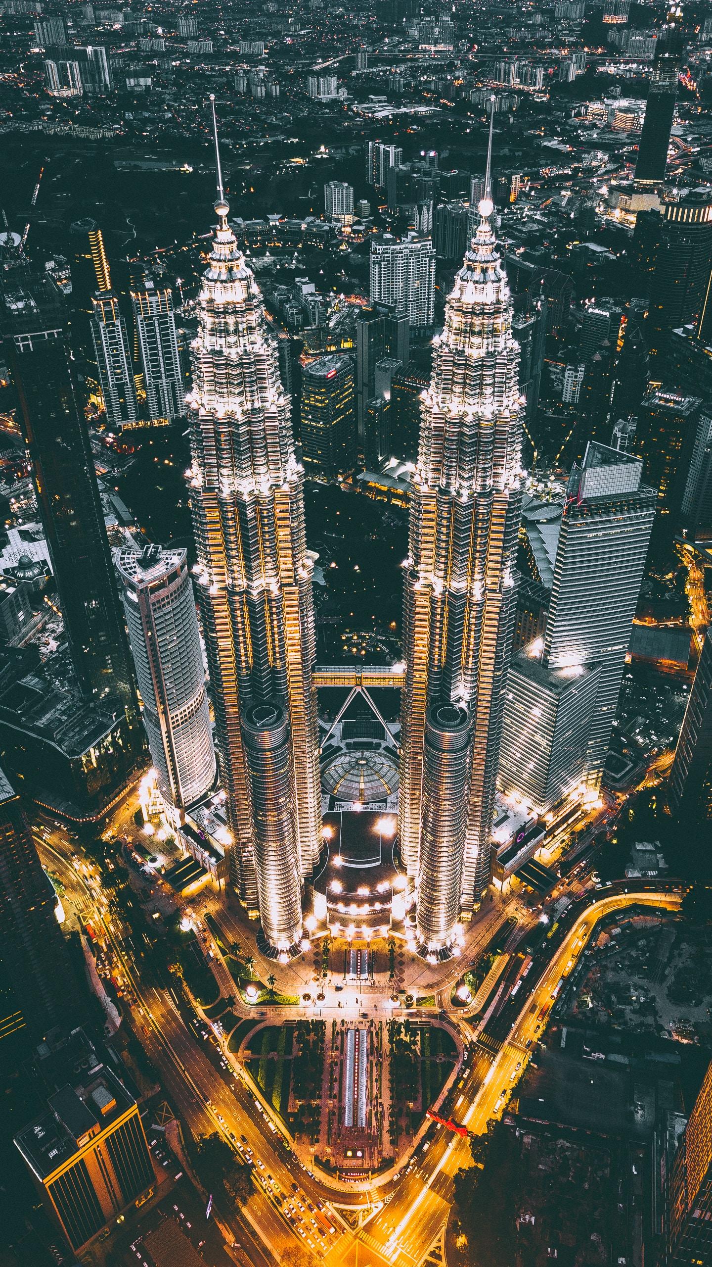izuddin helmi adnan 1e71PSox7m8 unsplash - Malaysia Property Is Gold